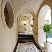 12 building '700 staircase modica sicily